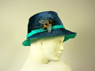 LLL-Rosaline hat